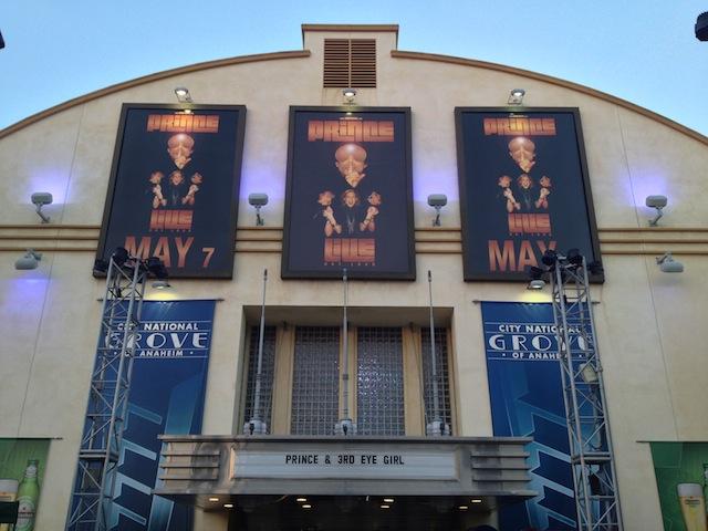 Prince hier soir à Los Angeles où les photos étaient interdites à l'intérieur de la salle - (CC) Christophe Lachnitt