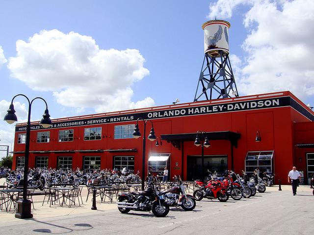 La leçon de marketing de Harley-Davidson | Superception - Toute vérité n'est que perception - Truth Is Just Perception