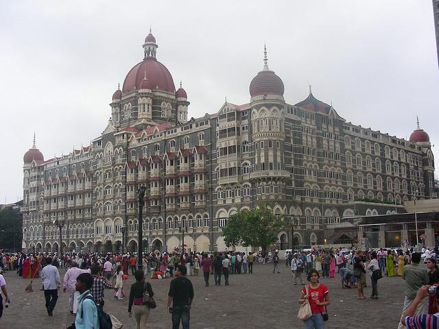 Taj Mahal Hotel - (CC) Vinay Bavdekar