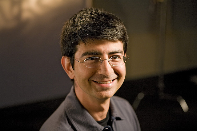 Pierre Omidyar - (CC) OnInnovation