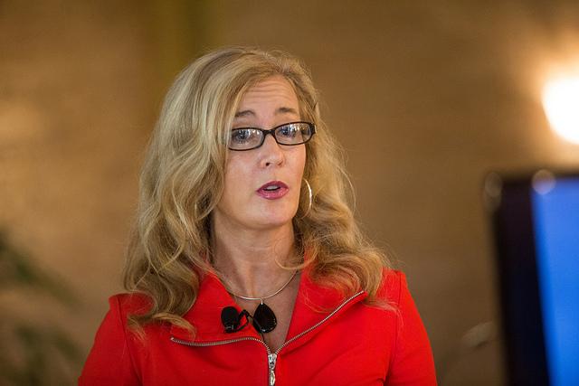 Jennifer Aaker - (CC) Fortune Live Media