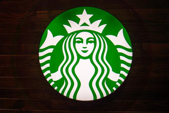 Starbucks, l'une des grandes entreprises américaines dont les valeurs corporate contribuent au succès financier - (CC) Jason Cipriani